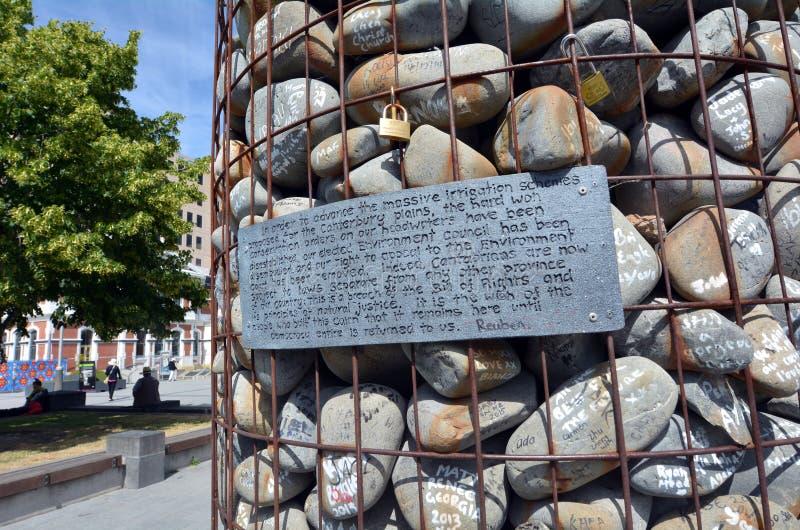 Iver empiedra la escultura en el cuadrado Christchurch - nuevo Zea de la catedral imagen de archivo