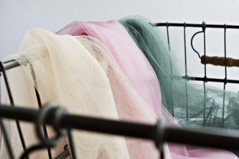 Ivoor, roze en groene Tulle royalty-vrije stock foto's