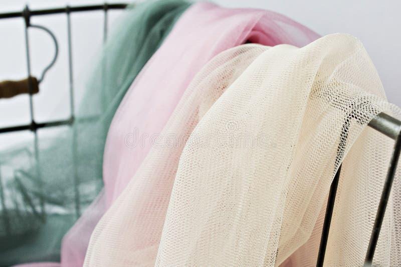 Ivoor, roze en groene Tulle royalty-vrije stock afbeelding