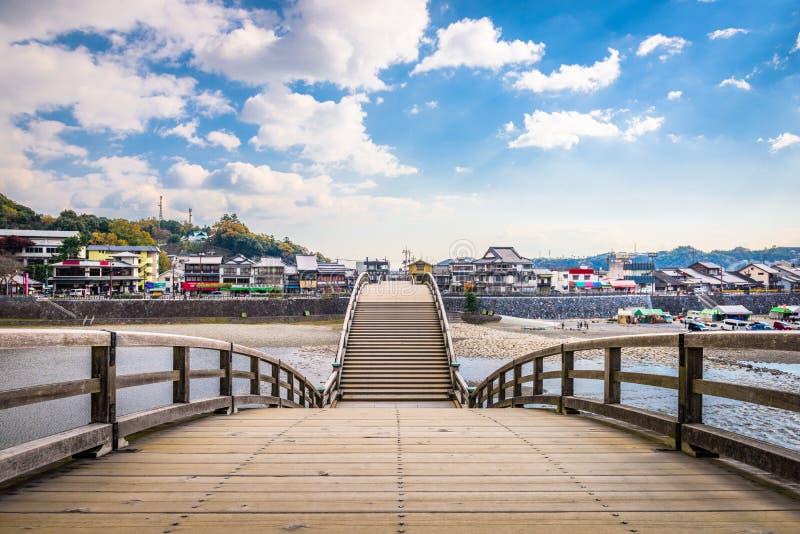 Iwakuni, Japan bij Kintaikyo-Brug stock foto's