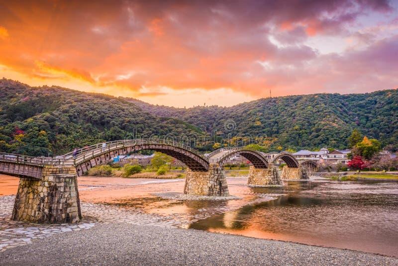 Iwakuni Japan på den Kintaikyo bron royaltyfri fotografi