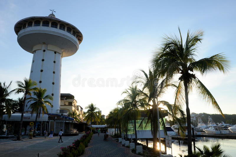 Ixtapa-Jachthafen lizenzfreie stockfotos