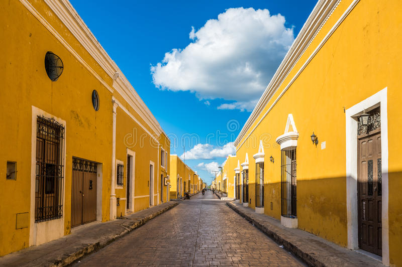 Izamal, la ville coloniale jaune de Yucatan, Mexique photo stock