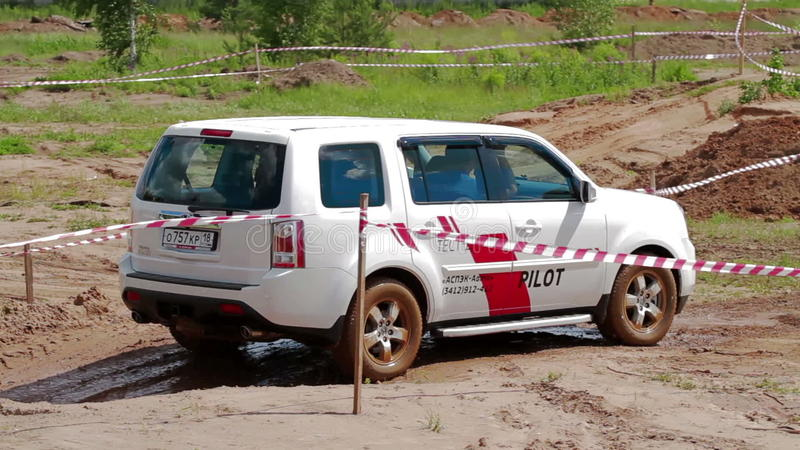 IZHEVSK, RUSSIA   JUNE 22, 2014: Honda Pilot At Offroad Test Drive Stock  Video   Video Of Motor, Rainy: 88918721
