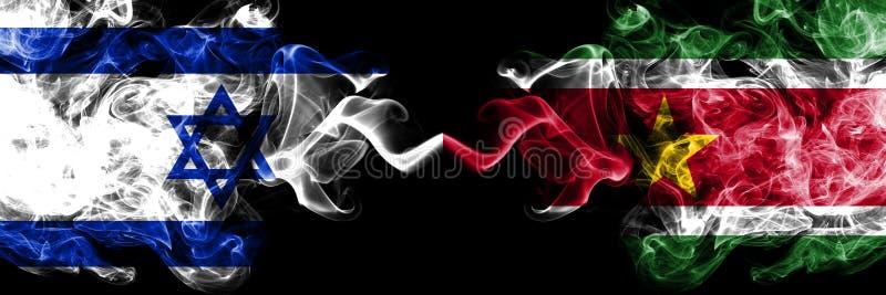 Izrael vs Suriname, Surinamese dymiące tajemnicze flagi umieszczająca strona strona - obok - Gęsta barwiona silky dym flaga Izrae ilustracji