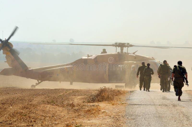 Izraelita Sikorsky UH-60 czerni jastrzębia helikopter obrazy royalty free