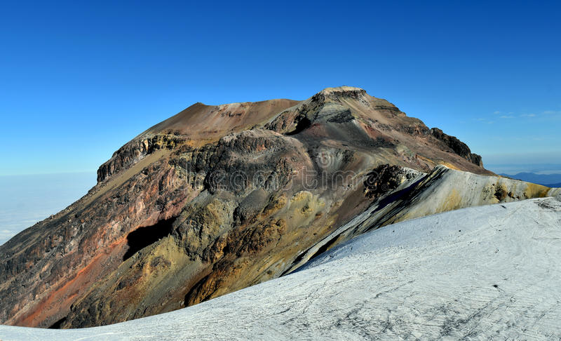 Iztaccihuatl (5.230 m) стоковое фото