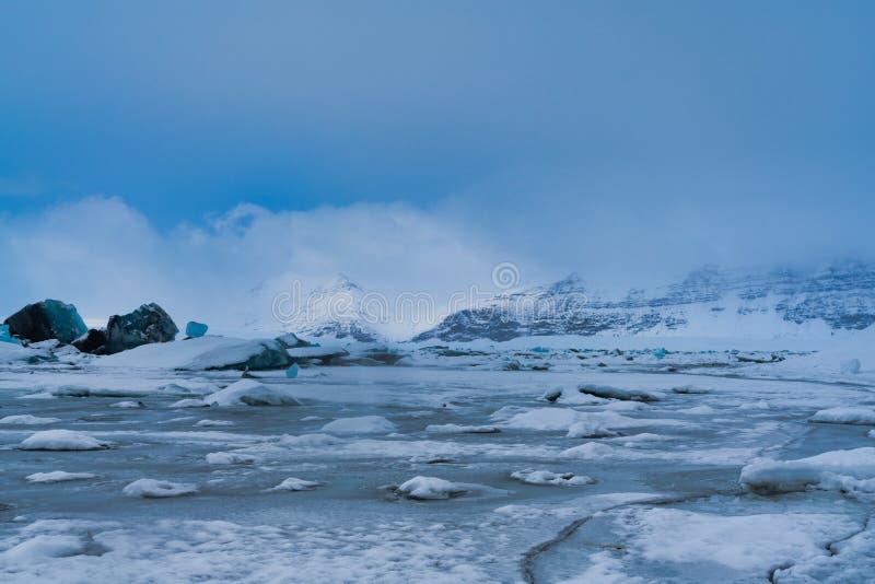Jökulsà ¡ rlà ³ ν, λιμνοθάλασσα παγετώνων στην Ισλανδία, παγωμένη εντελώς στοκ εικόνες