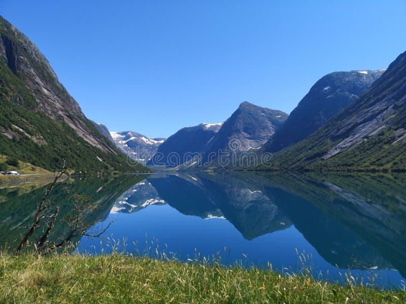 Jølstravatnet & x28; lake& x29; fotografia stock