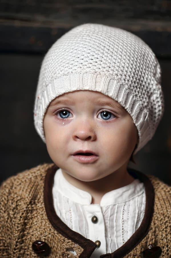 Jähriges blauäugiges kleines Mädchen lizenzfreie stockfotografie
