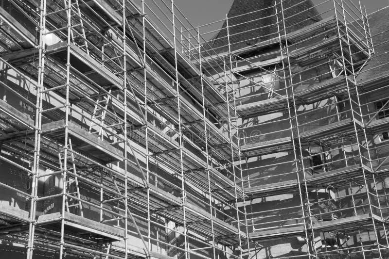 Järnkonstruktionsmaterial till byggnadsställning royaltyfria foton