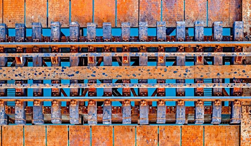 Järnväg över vatten arkivbilder