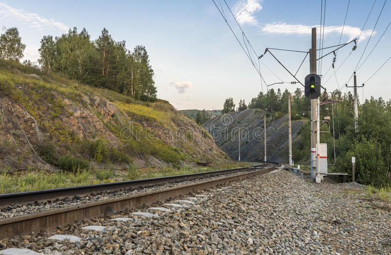 järnväg berg royaltyfri fotografi