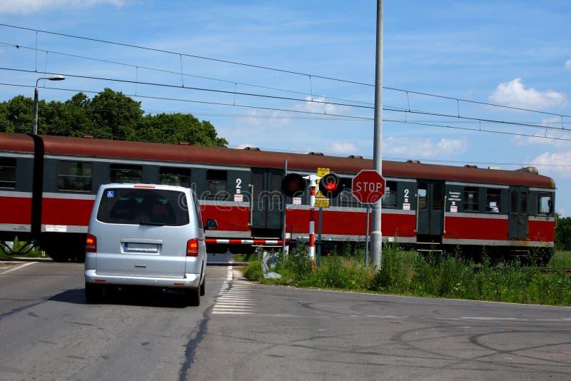 Järnväg korsning arkivbild