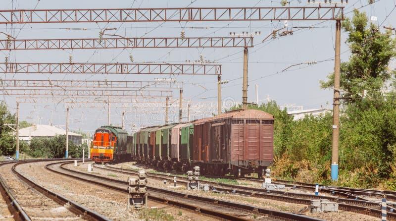 Järnväg- och fraktdrev, kommersiellt trans.begrepp arkivbilder