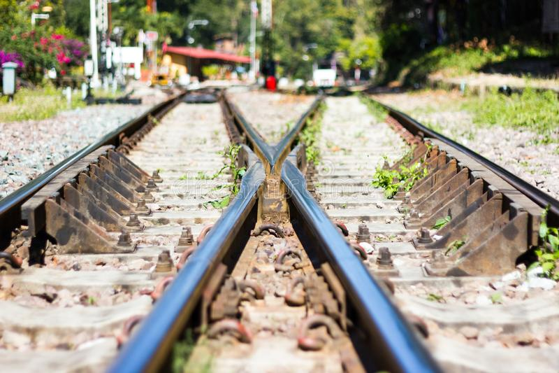 Järnvägsspår linje korsning järnvägsspår fotografering för bildbyråer