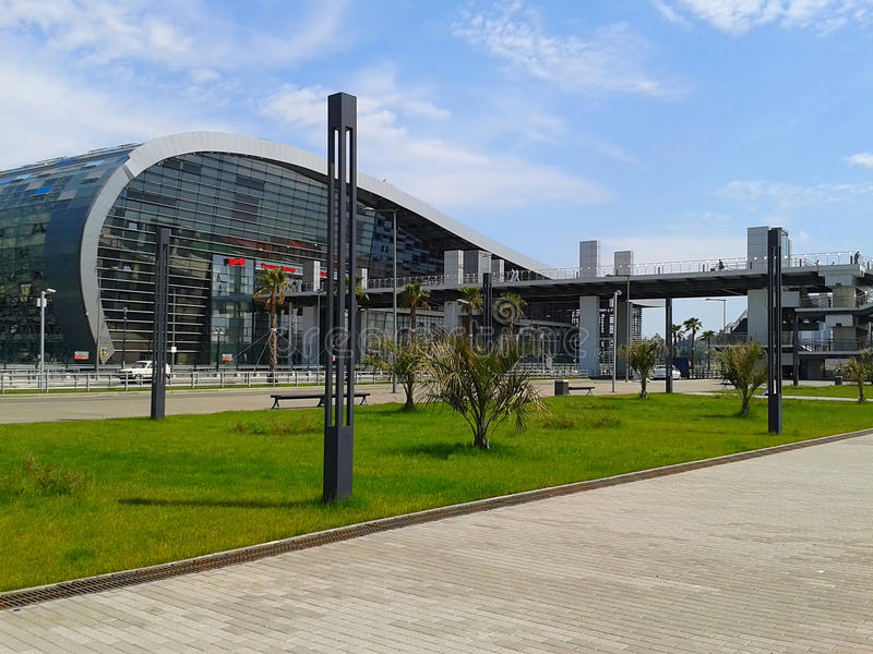 Järnvägsstation Adler, Sochi semesterort, Ryssland royaltyfri fotografi