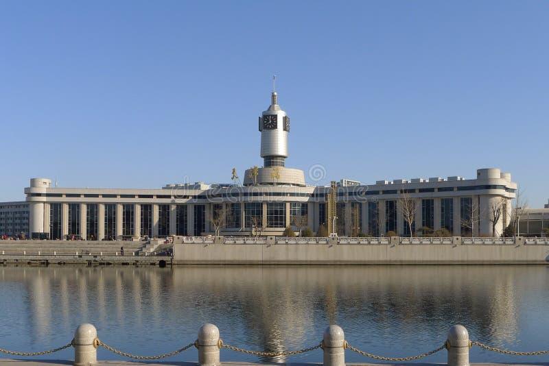 Järnvägsstation av den Tianjin staden royaltyfri bild
