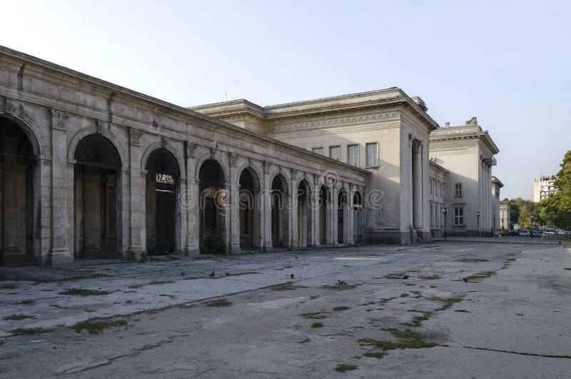 Järnvägsstationliststad, Bulgarien arkivbild