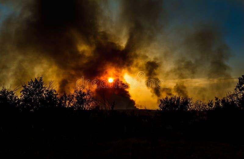 Jätte- explosion fotografering för bildbyråer