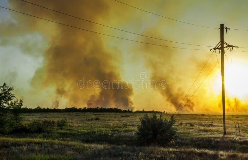 Jätte- explosion royaltyfri fotografi