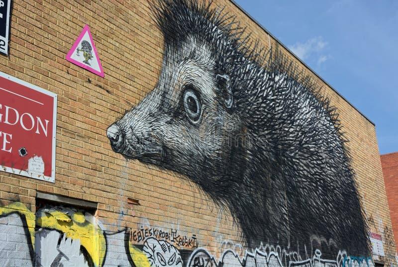 Jätte- igelkott, möjlighetsgata, London, stads- gatakonst fotografering för bildbyråer