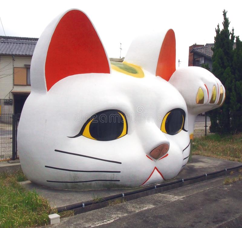 Jätte Lucky Cat i Tokoname Japan arkivfoto