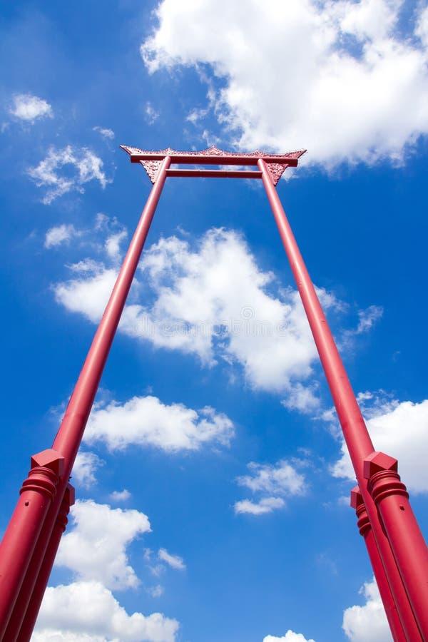jätte- röd swing royaltyfri foto