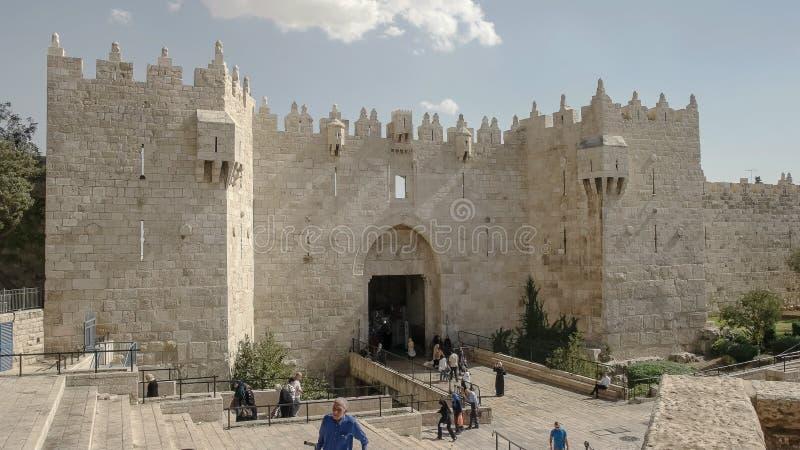 JÉRUSALEM, ISRAËL SEPTEMBRE, 21, 2016 : la porte de Damas à la vieille ville à Jérusalem images libres de droits