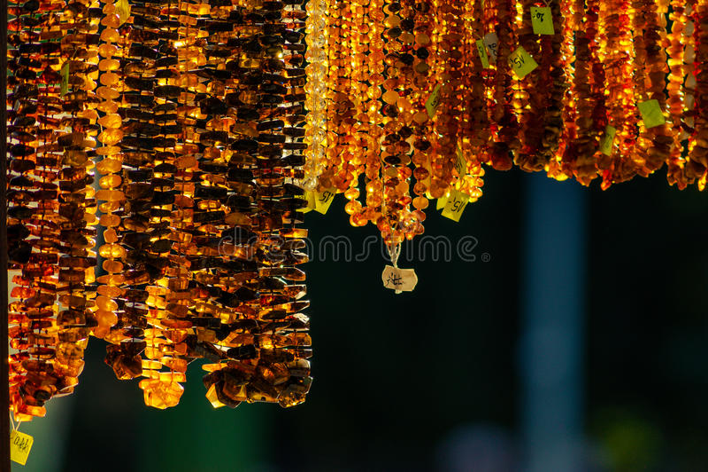 Jóia ambarina coral colorida articulada fotografia de stock royalty free