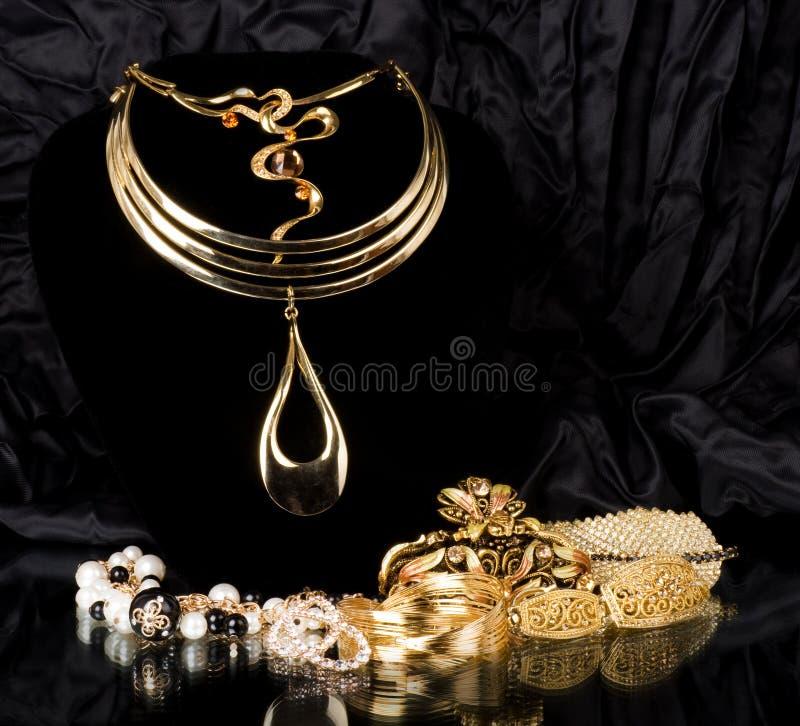 Jóia dourada imagens de stock royalty free