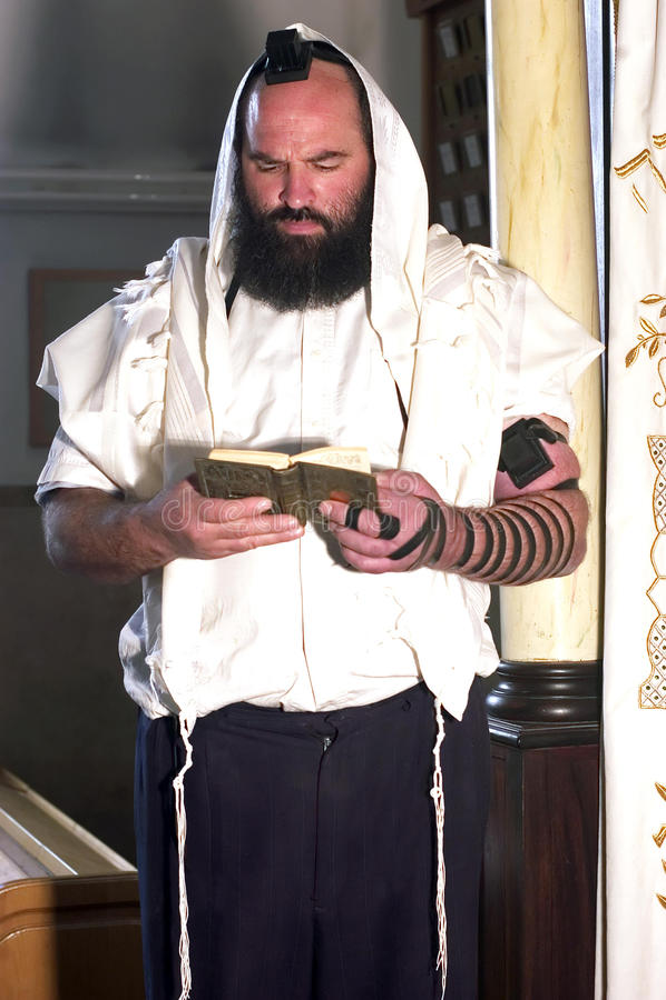 Jüdischer betender Mann lizenzfreie stockfotos