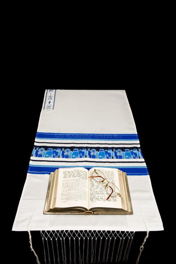 Jüdischer Gebet-Schal, Gebet BO stockfotos