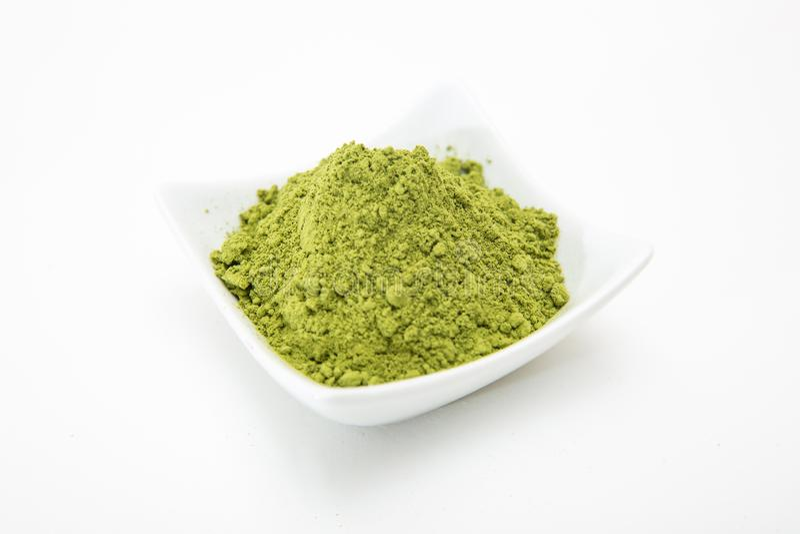 Jęczmiennej trawy zieleni proszek, superfood dla zdrowie i alternatywy leczenie raka, obrazy stock