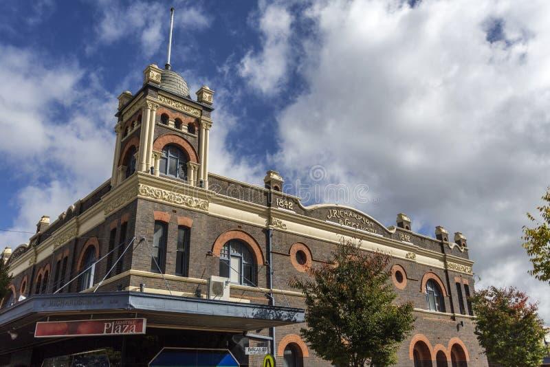 J € de Richardson et de Co Ltd «le complexe de magasins le plus ancien d'affaires dans Armidale photo libre de droits