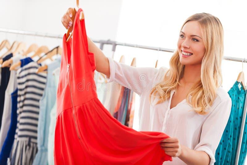 J'aime cette robe ! photos libres de droits