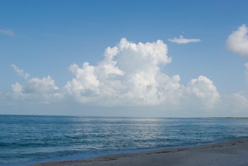 J'aime des nuages images stock