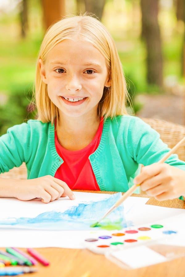 Download J'aime dessiner ! image stock. Image du fille, élémentaire - 45350141