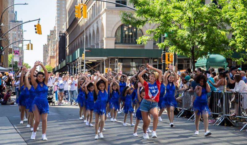 13. j?hrliche New- York Citytanz-Parade und Festival 2019 lizenzfreies stockbild