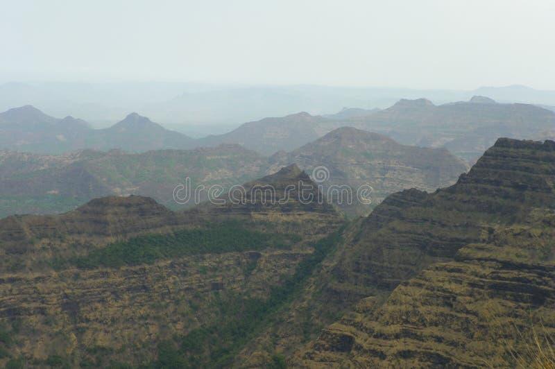 Jałowi pasma górskie maharashtra zdjęcie stock