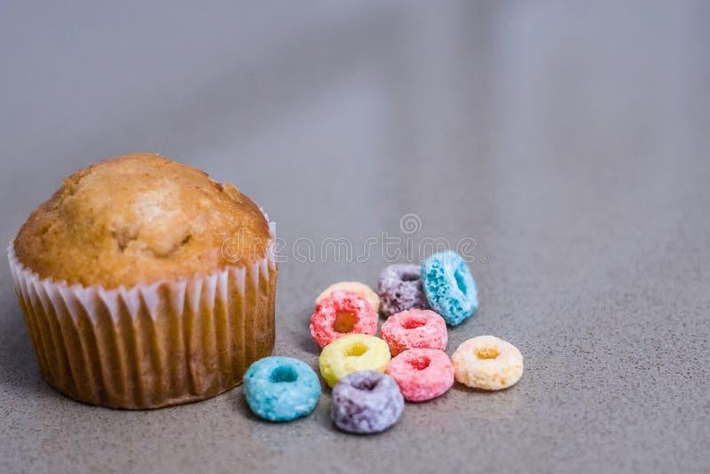 Ja ` s Śniadaniowego czasu słodka bułeczka obraz stock