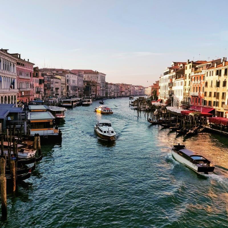 Ja it& x27; s ett av det bästa romantiska stället i världen En vilken skönhet!! royaltyfri fotografi