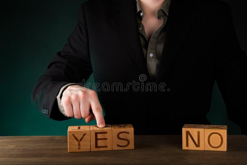Ja und Nr Beschlussfassung stockbilder