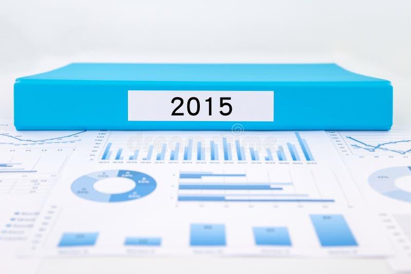 Jaar nummer 2015, grafieken, grafieken en financiële analyserapporten royalty-vrije stock foto