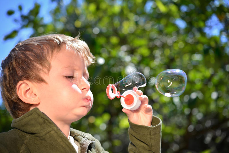 Jabón de la burbuja fotografía de archivo