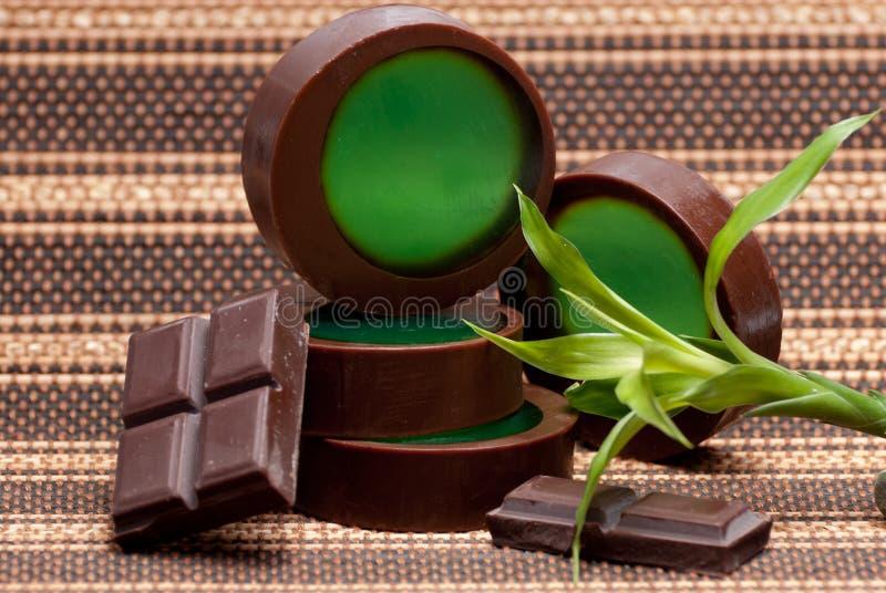 Jabón del chocolate y de la menta fotos de archivo
