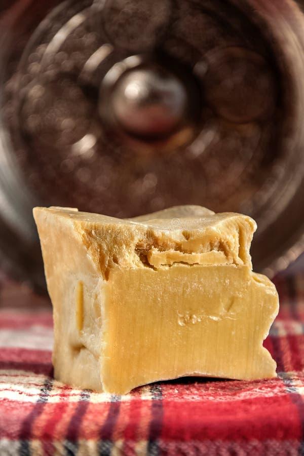 Jabón hecho a mano con el hamam del turco del platein del tonelero r foto de archivo libre de regalías