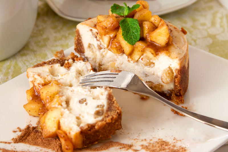 Jabłczana cheesecake sekcja zdjęcie stock