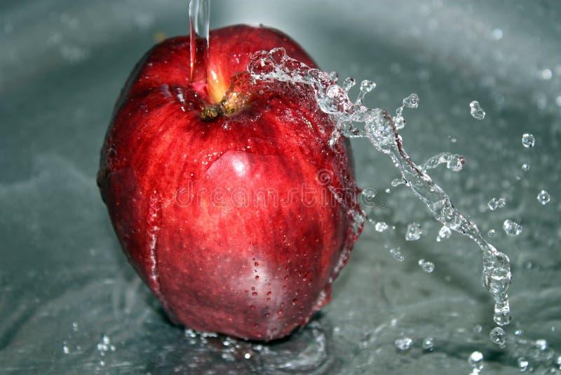 jabłczana czerwona woda obrazy stock