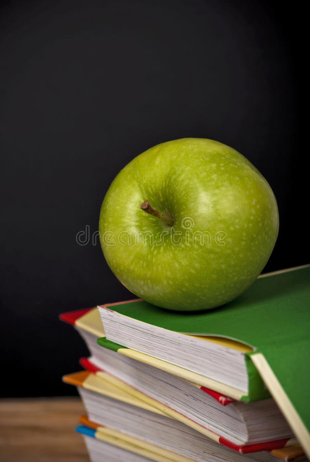 jabłczane książki obrazy stock